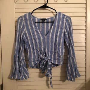 American Eagle bell sleeve top